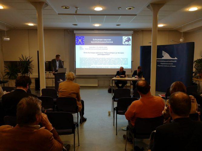 Schuman-seuran syyskokousesitelmässä luodattiin Euroopan asemaa Venäjän ja Yhdysvaltojen rinnalla